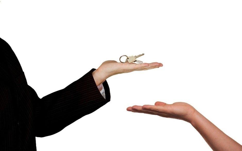 Ventajas de comprar tu casa a través de un agente inmobiliario